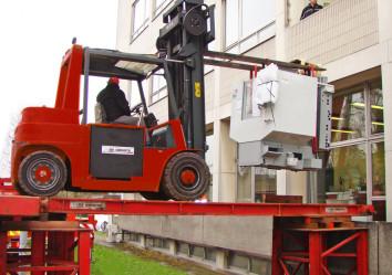 industriële verhuizingen de groote machineverplaatsing