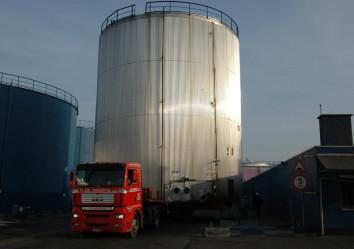 vervoer van hoge silo's de groote